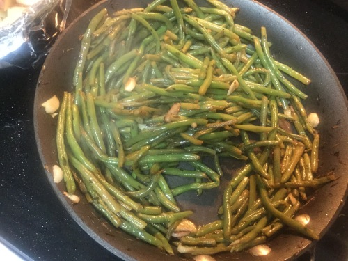 Steamed Garlic Green Beans Finished